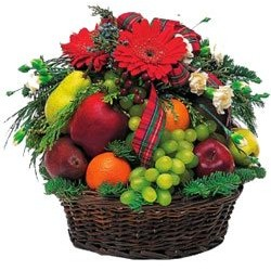Beauty Basket - Fruit-Baskets on www.flowers2moscow.com